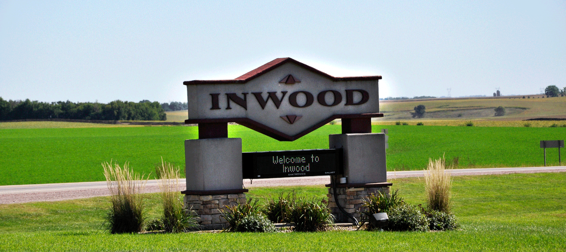welcome to inwood sign
